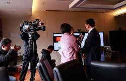 微课·中国首批课程上线国际平台,校方接受东方卫视采访